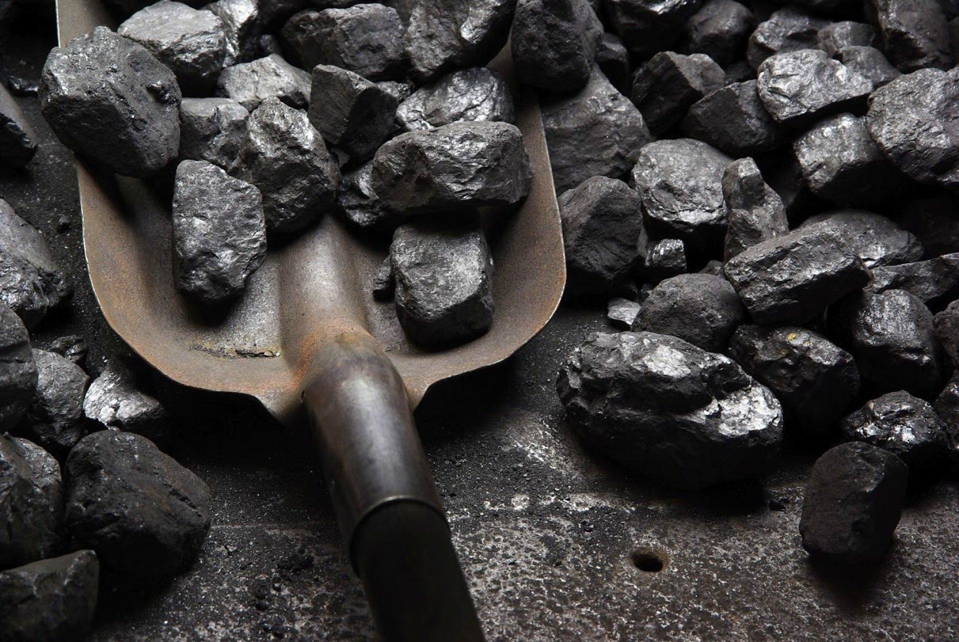 Уголь в российских портах: с каждым годом пыли будет все больше